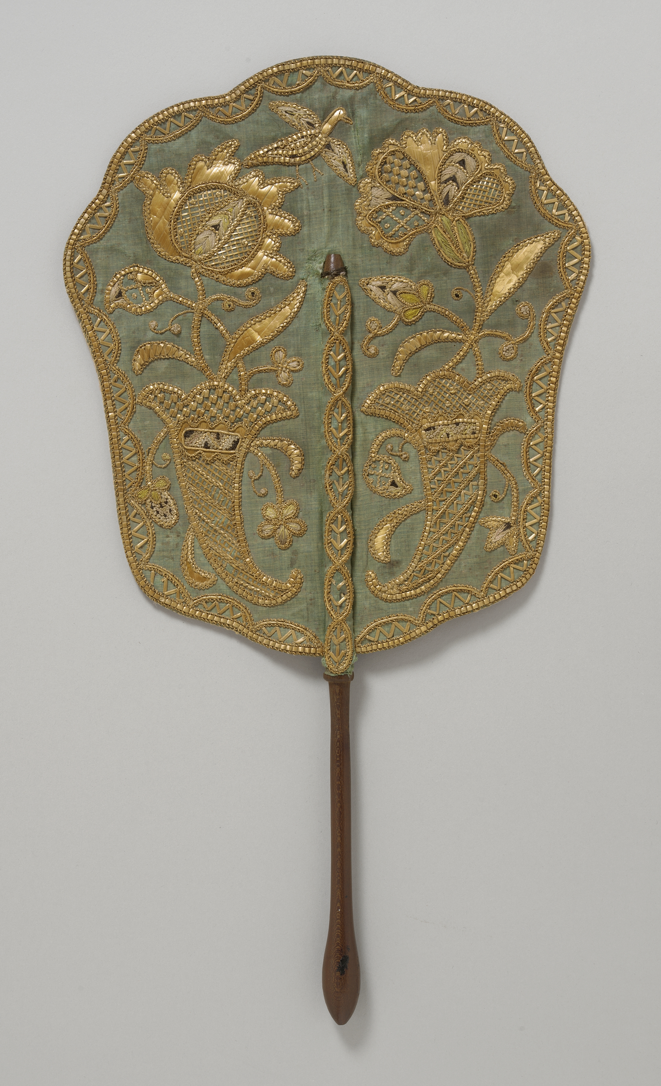 Green silk fan 1740. Courtesy LACMA Los-Angeles County Museum of Art