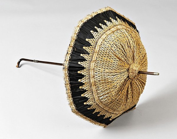 """straw fashion"", Straw Parasol, antique straw"