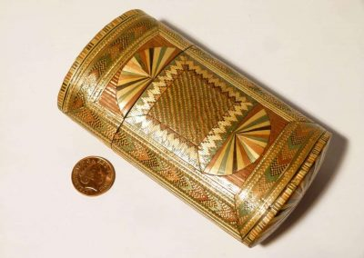 Cigarette case described as oval cigar etui box, Circa 1800 French Napoleonic War Prisoners, Courtesy eBay