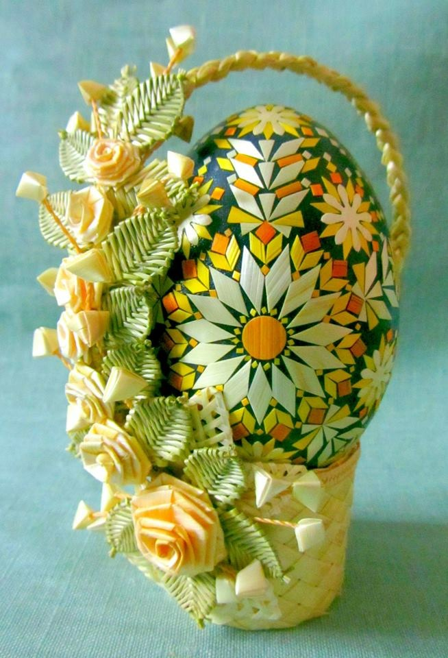 Egg of barley and rye basket, Courtesy Raisa Ramanenia