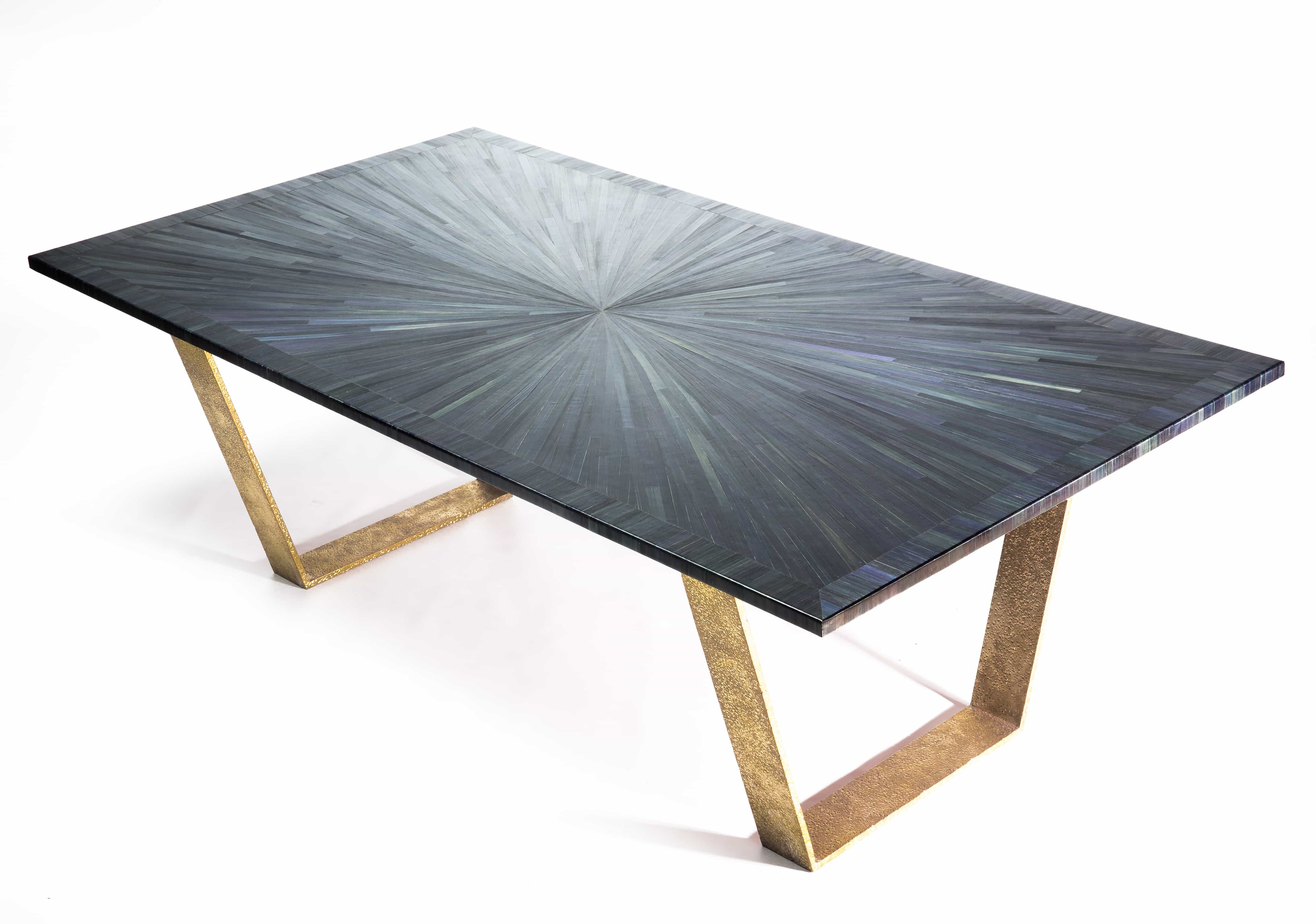Gerard Williams  Brüt Design black top view of table