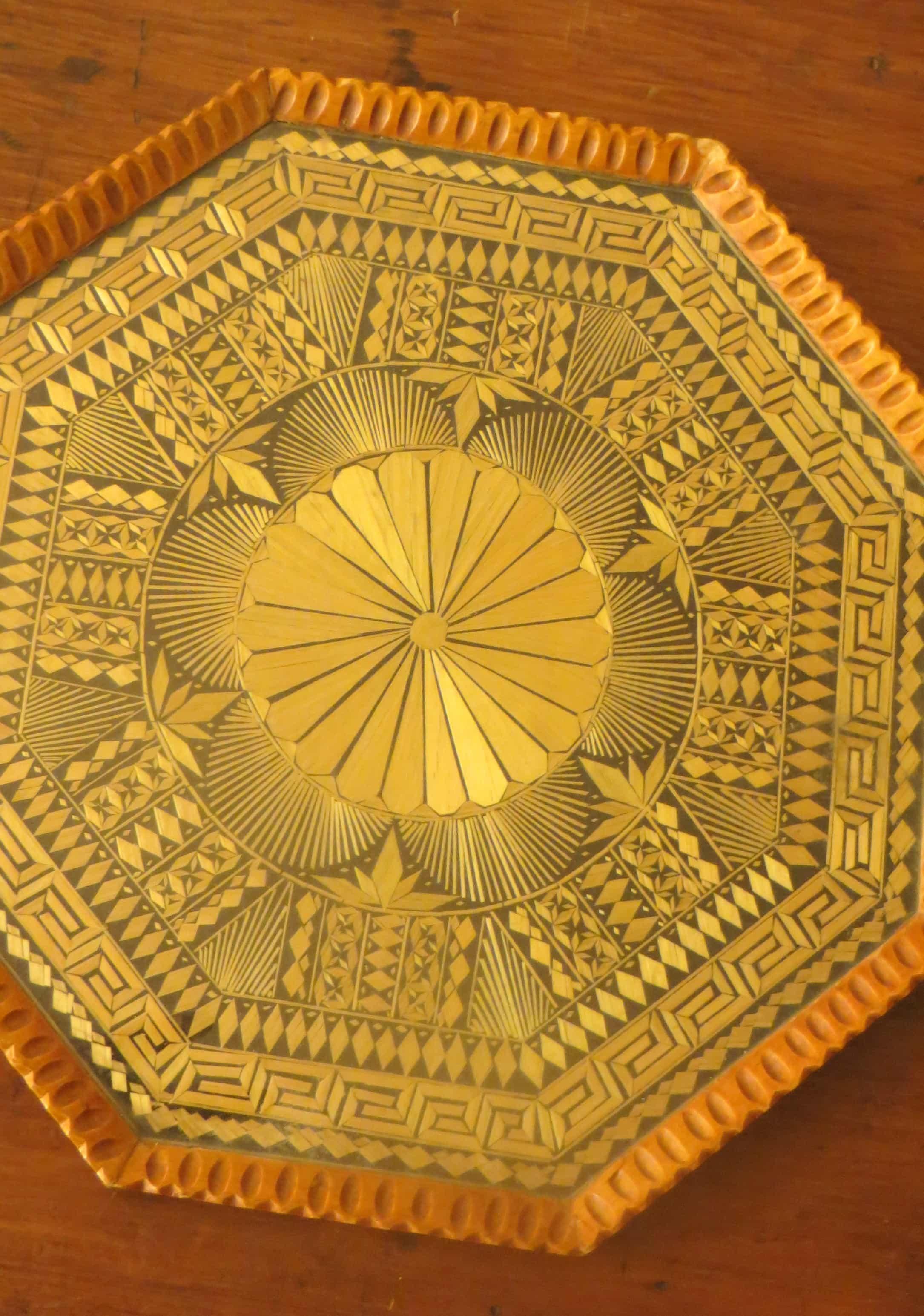 mosaic straw, mosaic straw tray, grre straw tray