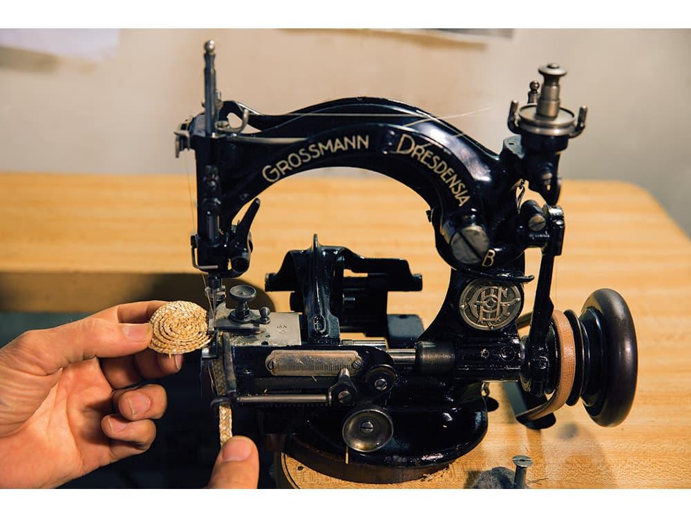 Ignatius Hats straw machine Photo: Robert Severi