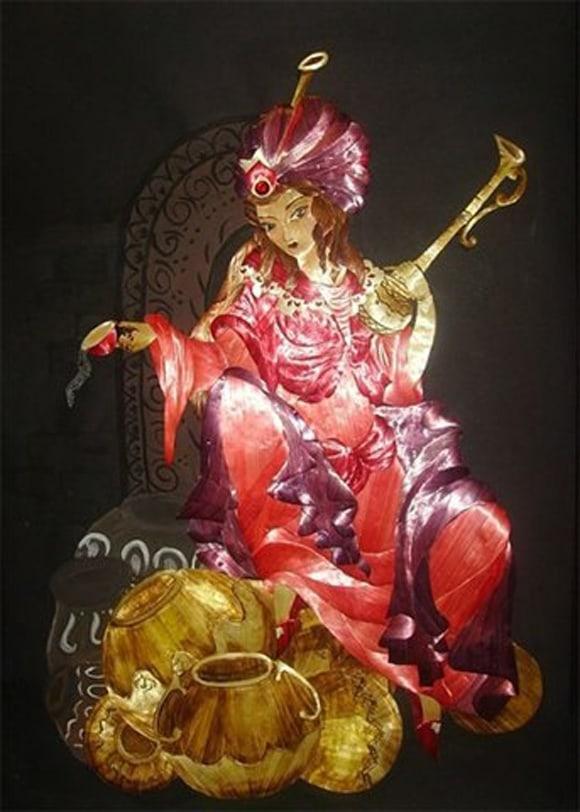 Irina Parosova Russia Genie lady, straw art, straw appliqué, straw pyrography,