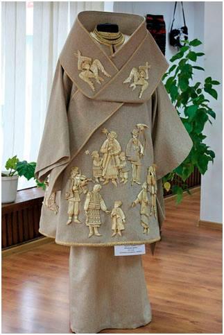 Natalia Lashko Front of Christmas garment