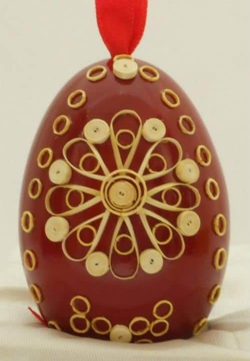 Quilled eggs by Edvard and Marijana Kirbus Serbia