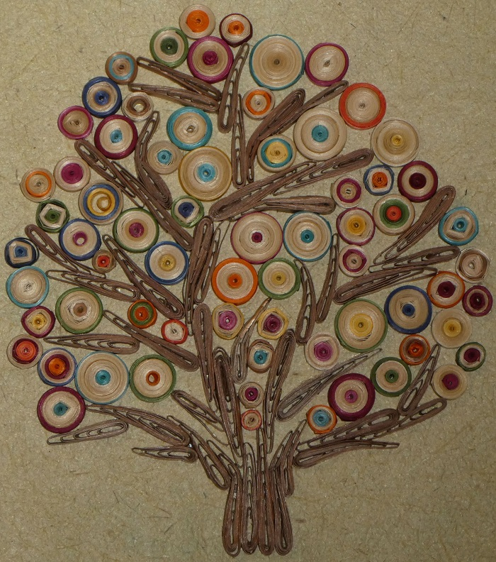 Quilled straw Tree of Life by Carol Thompson USA, photo courtesy California Straw Arts Guild