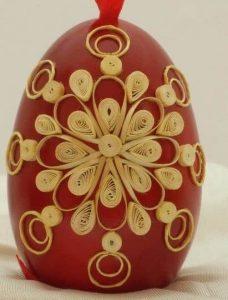 Straw secorated egg, Mirjana and Edvard Kirbus, The Straw Shop, Serbian straw decorated egg