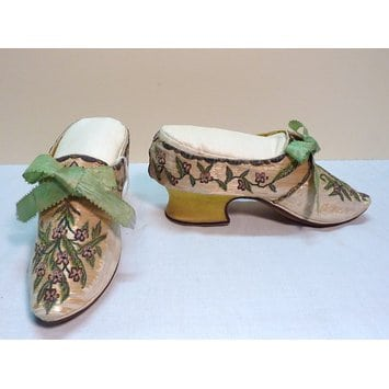 Shoes 1750s V&A maker unk FR IT DE