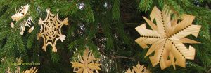 Straw Ornaments Lithuanian Christmas tree ornaments by Ursula Astras