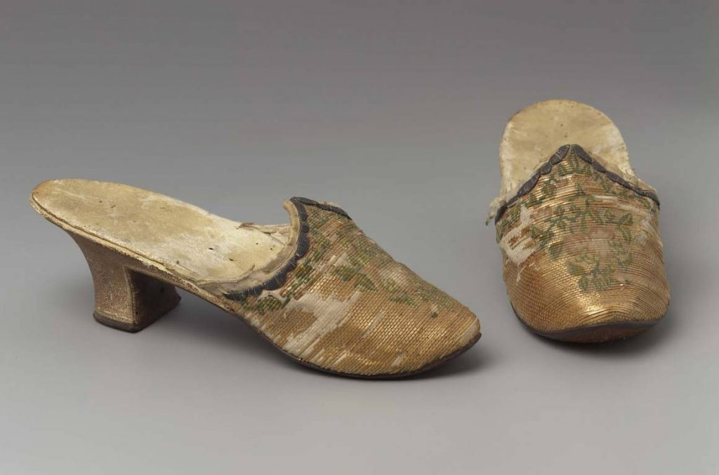 straw shoes, 18th century, couched straw, origin unknown, courtesy Museum of Fine Arts Boston. jpg